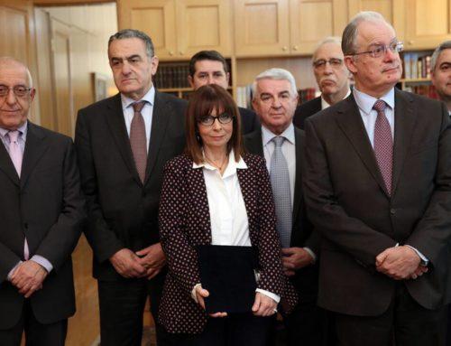 «Πρόεδρος» σε πρωθυπουργοκεντρική, ολιγαρχική δημοκρατία